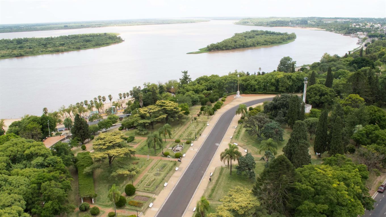 Paraná: la ciudad de cara al río que parece mar